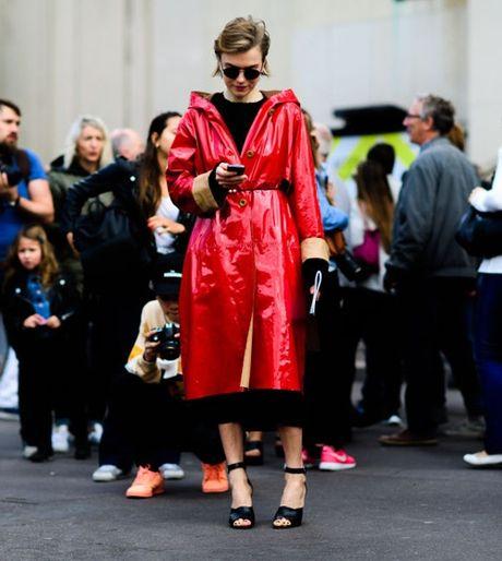 4 xu huong thoi trang 'day song' tu Paris Fashion Week - Anh 1