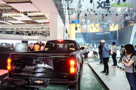 """Khung long"" Chevrolet Silverado chat vat vao Vietnam Motor Show 2016 - Anh 11"