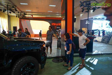 """Khung long"" Chevrolet Silverado chat vat vao Vietnam Motor Show 2016 - Anh 9"