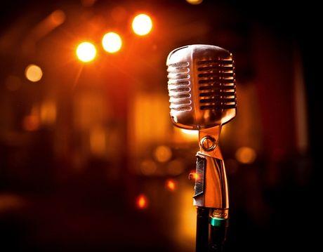 Au da o quan karaoke Sai Gon, 2 thanh nien bi dam chet - Anh 1