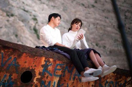Park Bo Gum - Song Joong Ki: Doi ban than 'sang nhat nam' tren man anh chau A - Anh 8
