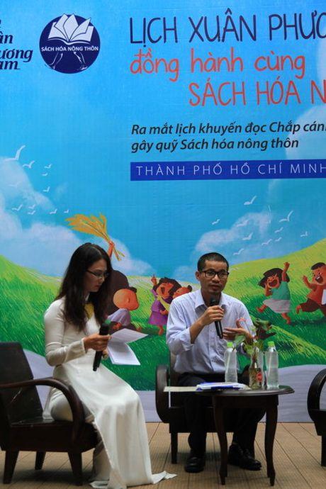 Trien lam Lich khuyen doc dong hanh cung du an Sach hoa nong thon - Anh 2