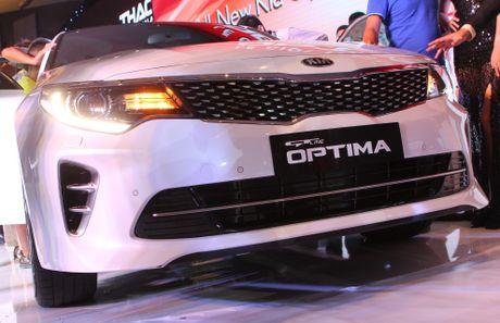 Anh Kia Optima: Doi thu gia re cua Toyota Camry o VN - Anh 3