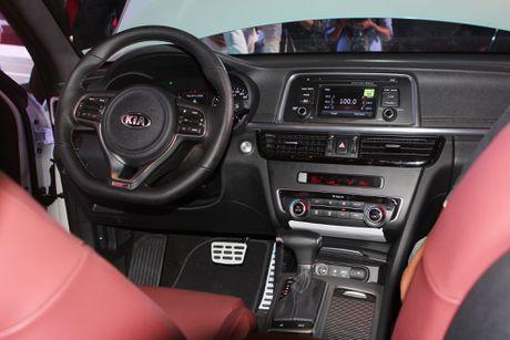 Anh Kia Optima: Doi thu gia re cua Toyota Camry o VN - Anh 7