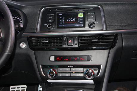Anh Kia Optima: Doi thu gia re cua Toyota Camry o VN - Anh 8