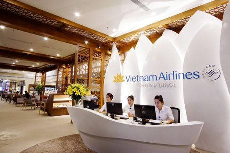 Vietnam Airlines tiep tuc khai truong phong khach 4 sao - Anh 1
