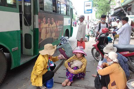 Can Tho: Hanh khach kho so vi cho xe buyt - Anh 1