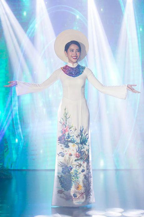 Nam Em 'khoe' trang phuc tham du Hoa hau Trai dat 2016 - Anh 4