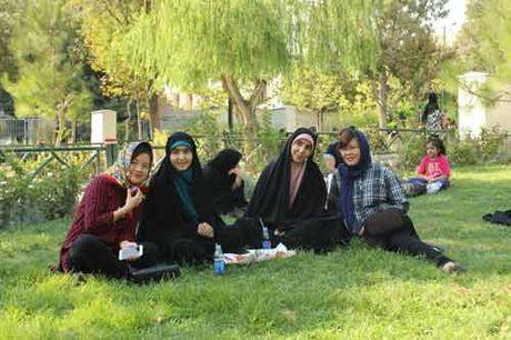 Mong mot lan tro lai Tehran - Anh 8