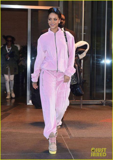 Rihanna thuc su la tin do cua mau hong - Anh 16
