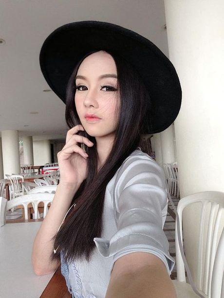 My nhan chuyen gioi tham gia The Face dep tua nu than - Anh 4