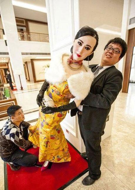 Khoc thet vi tuong sap 'quy hon' cua Pham Bang Bang - Anh 6