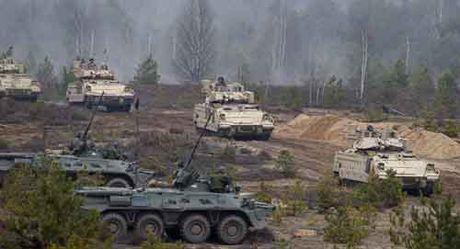 Nga de dang 'de bep' NATO o Dong Au trong 60 gio? - Anh 2