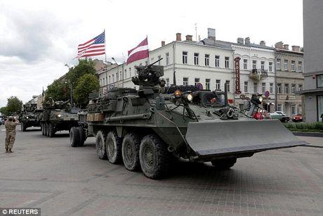 Nga de dang 'de bep' NATO o Dong Au trong 60 gio? - Anh 3
