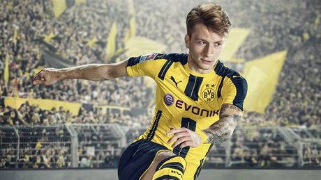 Doanh so FIFA 17 cao gap 40 lan so voi PES 17 - Anh 1
