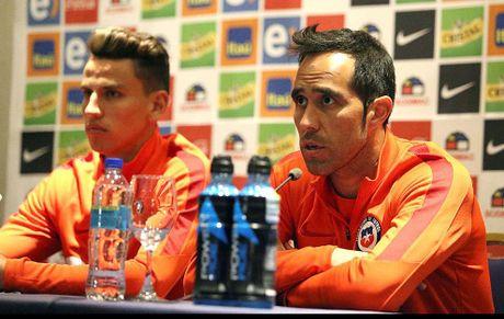 Sanchez, Bravo om han vi co dong vien - Anh 1