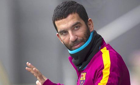 10 cau thu luong cao nhat Barca: MSN bo xa phan con lai - Anh 1