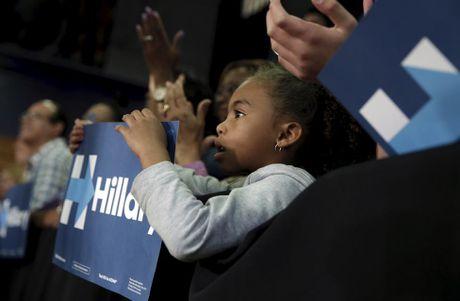 Nhung co dong vien nhi cua ung vien Hillary Clinton - Anh 11