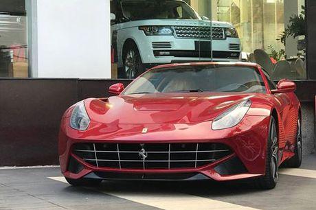 'Tam hoang' sieu xe tien ty Lamborghini, Ferrari tai Ha Noi - Anh 11