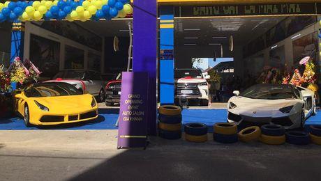 'Tam hoang' sieu xe tien ty Lamborghini, Ferrari tai Ha Noi - Anh 2