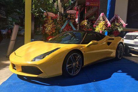 'Tam hoang' sieu xe tien ty Lamborghini, Ferrari tai Ha Noi - Anh 6