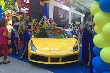 'Tam hoang' sieu xe tien ty Lamborghini, Ferrari tai Ha Noi - Anh 7