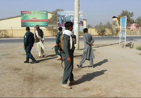 Quan doi Afghanistan xua duoi phien quan Taliban khoi Kunduz - Anh 4