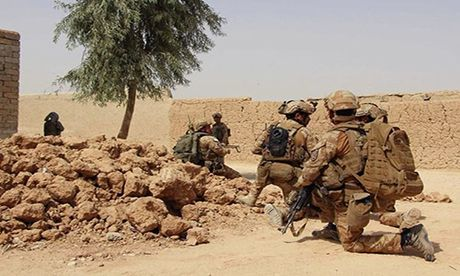 Quan doi Afghanistan xua duoi phien quan Taliban khoi Kunduz - Anh 7