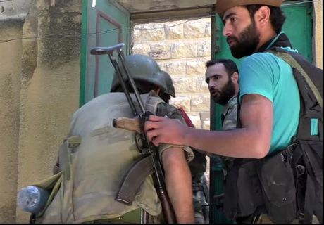 Can canh cuoc phan cong cua quan doi Syria giua long Aleppo - Anh 10