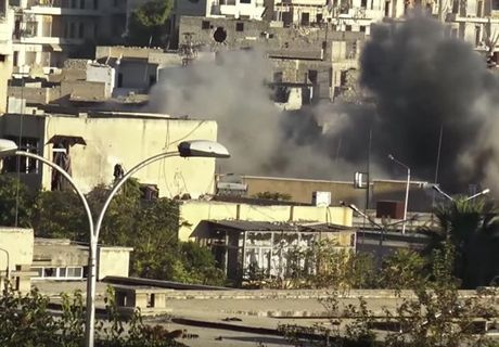 Can canh cuoc phan cong cua quan doi Syria giua long Aleppo - Anh 1