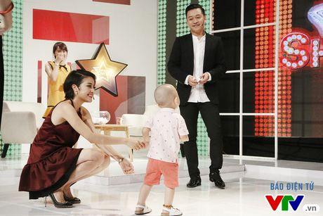 "Con trai Tuan Hung ""hot"" hon ca bo me tai Muon mau showbiz - Anh 4"