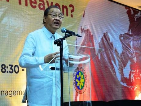 Tong thong Philippines cu nha bao ky cuu lam Dai su Trung Quoc - Anh 1