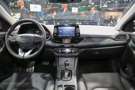 Hyundai i30 hatchback doi thu Mazda3 xuat hien - Anh 3