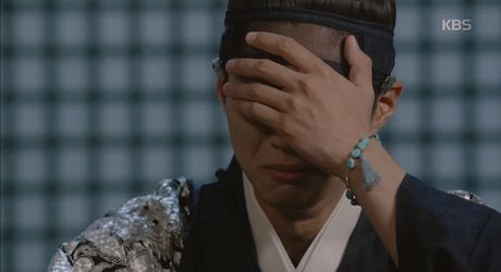 May hoa anh trang tap 14: The tu Lee Youn 'yeu qua hoa han' Ra On - Anh 1