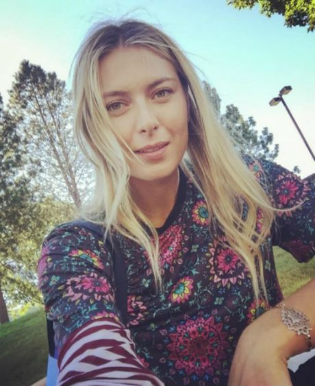 Sharapova se tro lai day nong bong trong nam 2017 - Anh 9