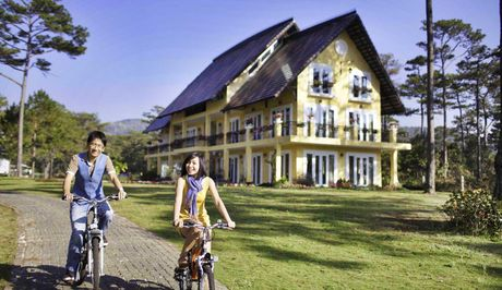 Chiem nguong resort tran ngap sac hoa o Da Lat thang 10 - Anh 2