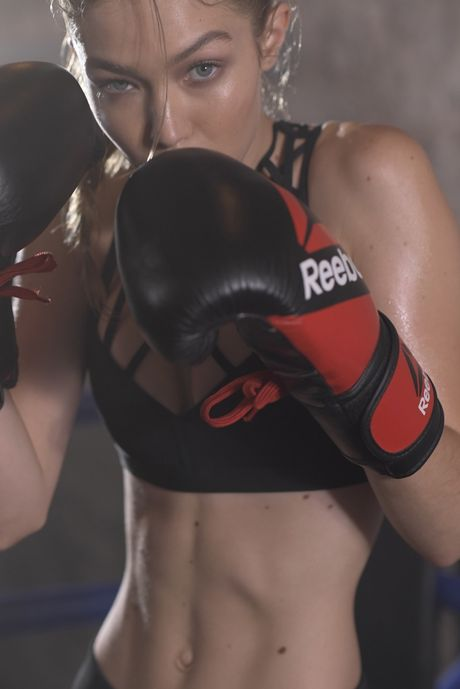 Gigi Hadid hoa co nang boxing nong bong day quyen ru - Anh 1