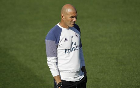 Real Madrid chi con… 4 ngoi sao lanh lan - Anh 1