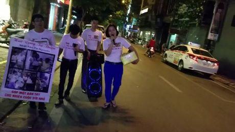 Hot rac, hat rong – nhung nguoi lam dep cho Ha Noi - Anh 2