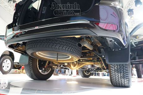 Chi tiet hang 'hot' chinh hang Toyota Fortuner 2016 - Anh 6