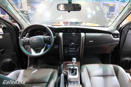 Toyota Fortuner 2017 bat ngo ra mat tai trien lam Vietnam Motor Show 2016 - Anh 4