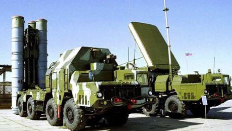 Thuong vu beo bo khi Nga dua ten lua S-300 den Syria - Anh 1