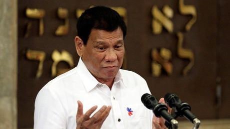 Ong Duterte danh gia sai loi ich hop tac quoc phong voi My? - Anh 1