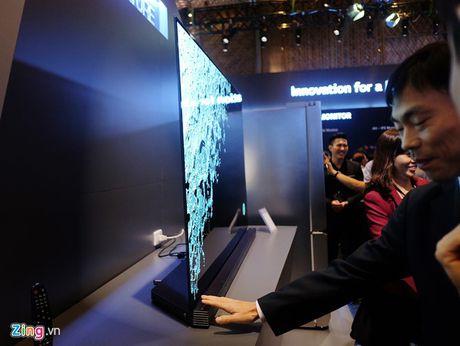 TV LG Signature sieu mong gia tu 169 trieu o VN - Anh 2