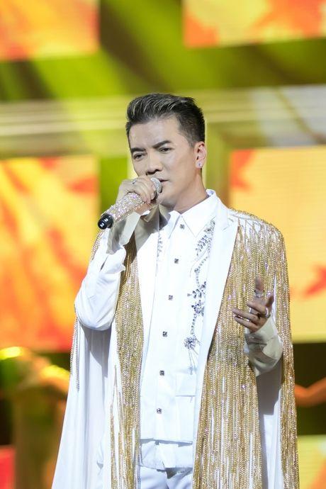 Dam Vinh Hung co gu thoi trang diem dua nhat showbiz Viet - Anh 3