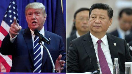 Ba Clinton to ong Trump dang tien cho Trung Quoc, bo roi hang noi - Anh 1