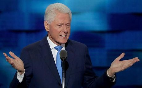 Ong Bill Clinton bat ngo 'nang loi' voi Tong thong Obama - Anh 1