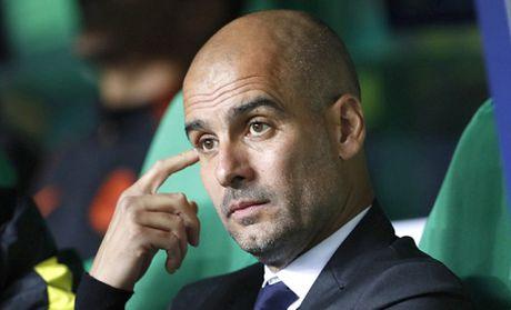 CAP NHAT sang 5/10: Mourinho bi vach toi. Messi lo la ban than. Guardiola ra an cam dac biet - Anh 1