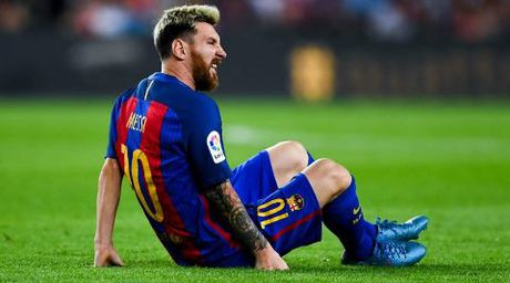 CAP NHAT sang 5/10: Mourinho bi vach toi. Messi lo la ban than. Guardiola ra an cam dac biet - Anh 3