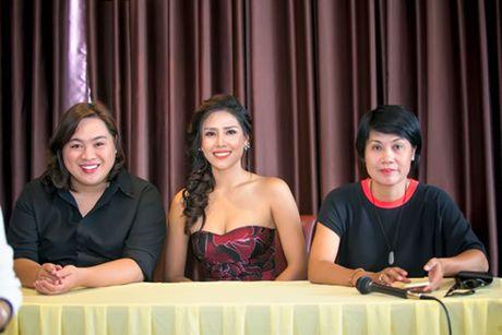 Nguyen Thi Loan gap rut chuan bi thi Hoa hau Hoa binh quoc te - Anh 2